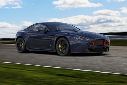 Aston Martin V8 en V12 Vantage S Red Bull Racing Edition zijn officieel