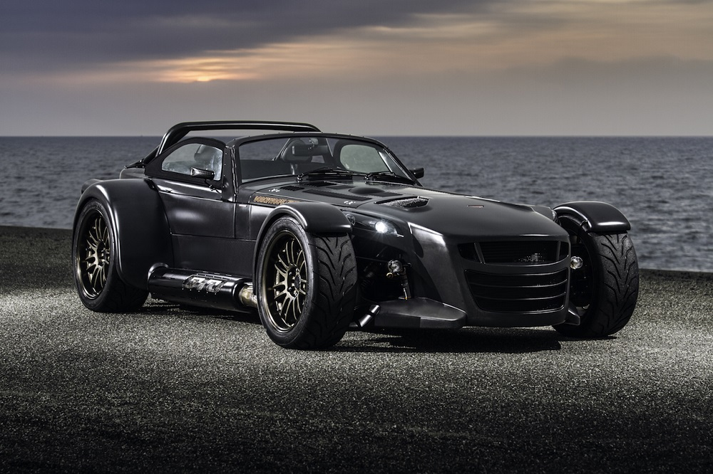 Donkervoort D8 GTO Bare Naked Carbon Edition is officieel