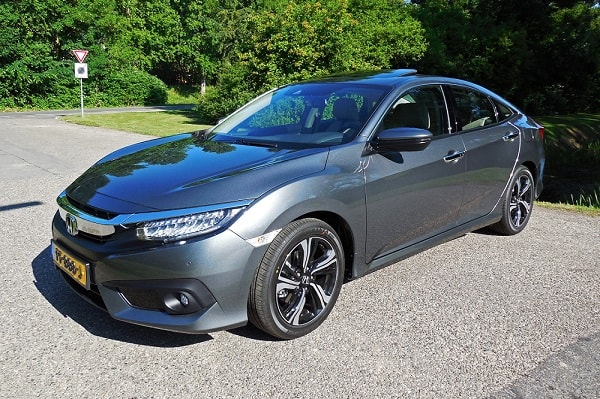 Rijtest: Honda Civic Sedan 1.5 i-VTEC Turbo Executive