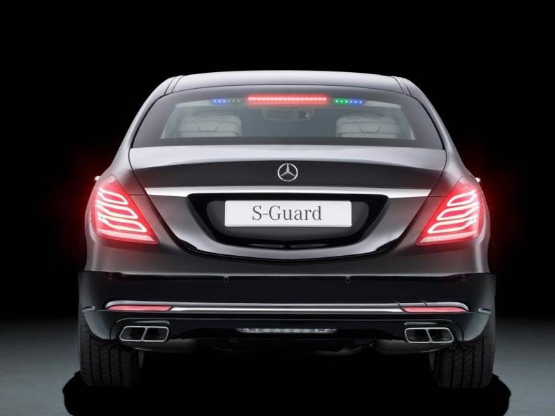 Nieuwe mercedes s600 guard stopt voor niets of niemand for Mercedes benz guard for sale