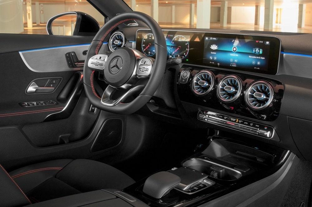 Mercedes A-Klasse Limousine prijs Nederland 2021 - Autotijd.be