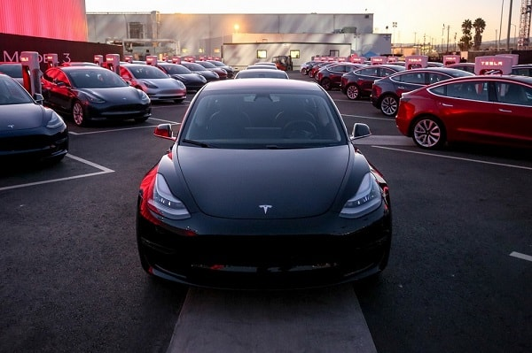 Leveringen Tesla Model 3 gestart, alle specificaties bekend