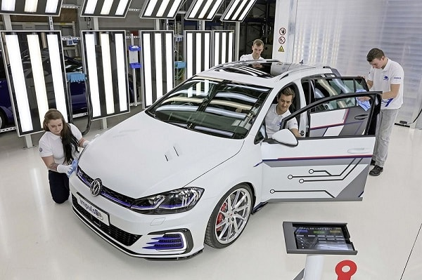 Officieel: Volkswagen Golf GTE Variant ImpulsE Concept
